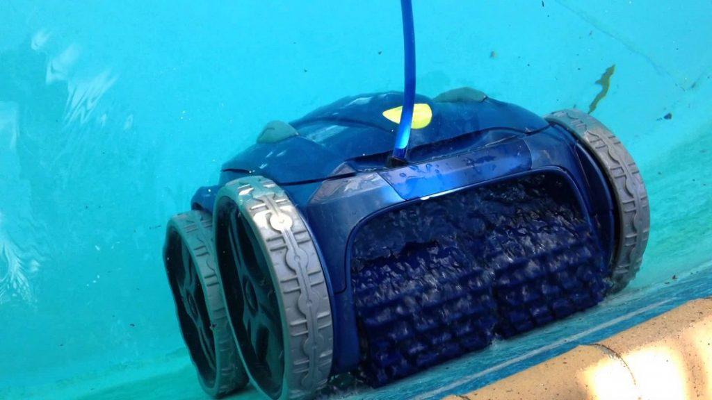 Robot piscine nettoyant